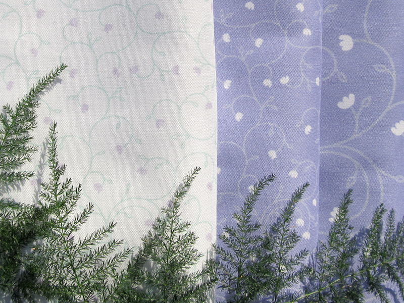 Fabric pattern: Baby Tears - Lavender, by Penina